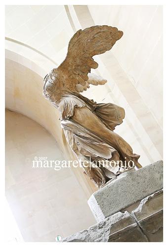 Louvre_wingedvictoryofsamothrace
